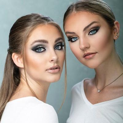 These girls 🔥🔥🔥🔥 Xoxo C&Y  . . #hairandblush #hairandblushacademy #hairandblushonline #hairacademy #onlineacademy #makeupacademy