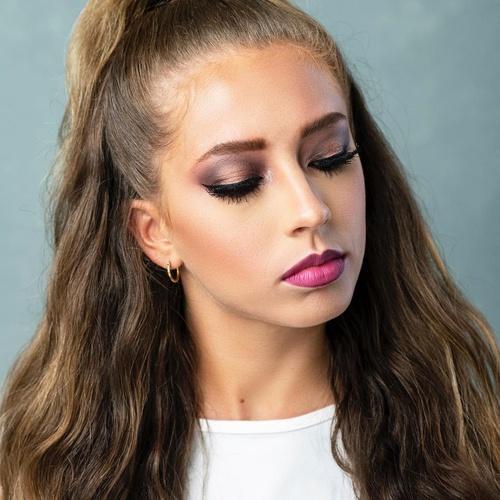 This hair this makeup 💥🔥💥🔥 Xoxo C&Y  . . #hairandblush #hairandblushonline #hairandblushacademy  #hairacademy #makeupacademy #onlineacademy