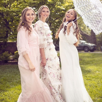 This @loveshackfancy outdoor wedding INSPIRED photo shoot is everything 🌸🌸🌸 check out @bircheventdesign for close up pictures of our out of this world set. @fushia_couture gowns  @danidiamondphotography  @hair_and_blush . . #hairandblushacademy #hairandblush #hairandblushonline #hairandblushphotoshoot #onlineacademy #hairacademy #makeupacademy