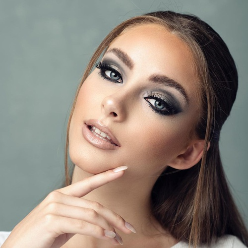 When you know you know. #theseeyes #thedetail 🙌 . . #hairandblush #hairandblushacademy #hairandblushonline #hairacademy #makeupacademy #onlineacademy